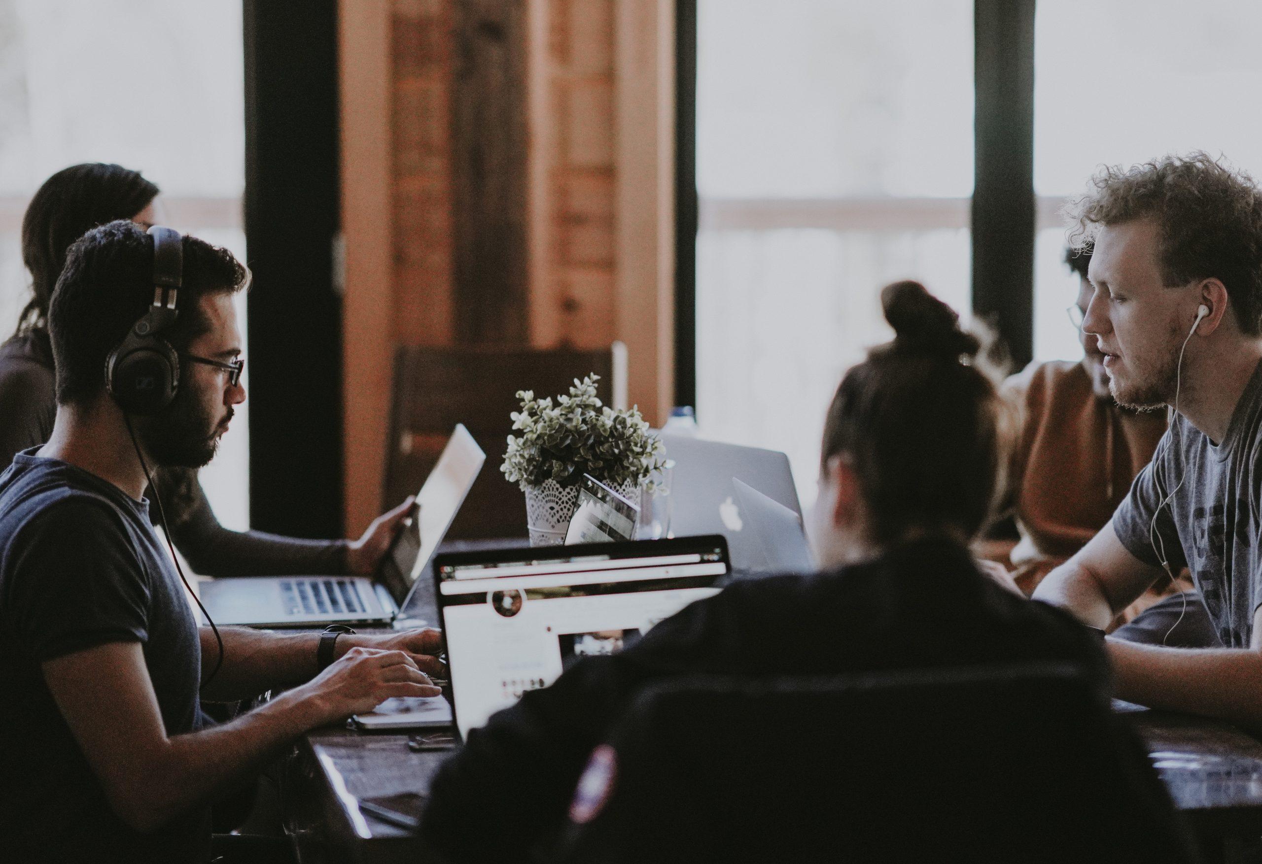 La valorisation du collectif est un concept mis en place par le manager pour pousser une équipe vers une meilleure productivité et bien-être